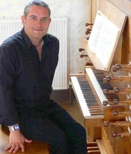 Simon Dunbavand