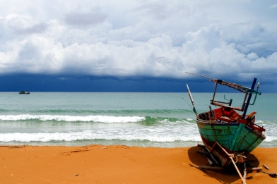 Fishing boat on Indian Ocean beach